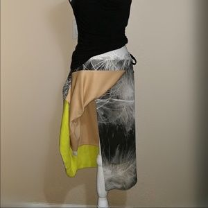 {Vera Wang} Abstract Print Skirt